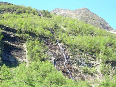 Cascades de la vallée du Lys